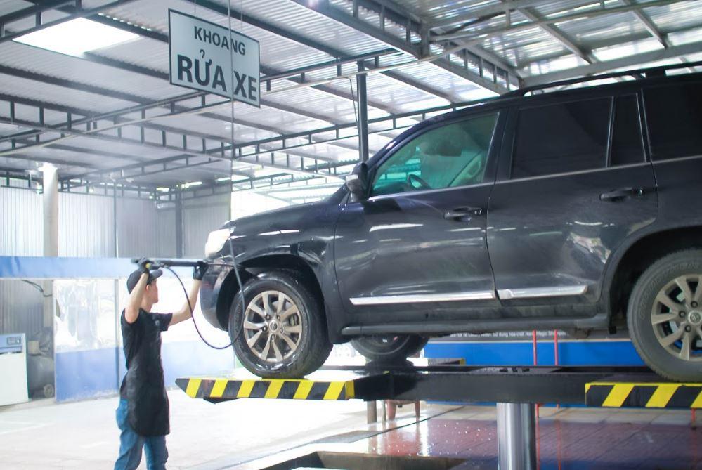 rửa xe ô tô tại Vinh