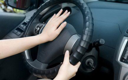 Kỹ năng thoát hiểm khi mắc kẹt xe ô tô